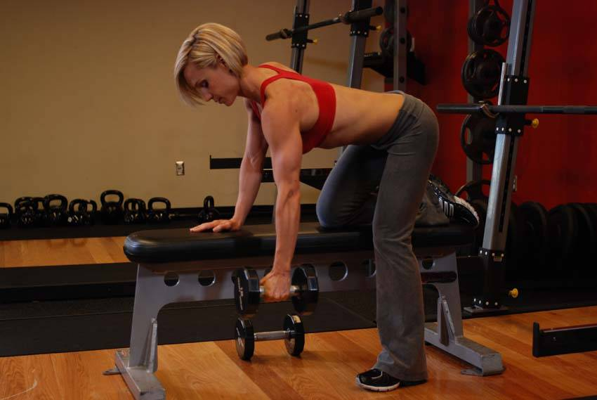 One Arm Dumbbell Row Exercise Guide And Video