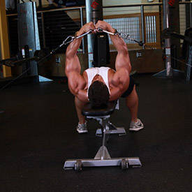 Flat-bench cable fly