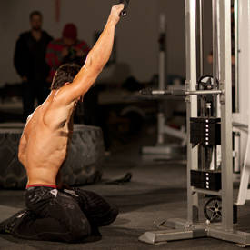 Kneeling Single-Arm High Pulley Row