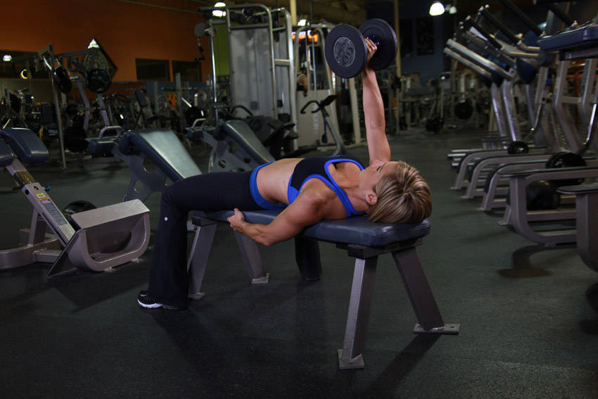 one arm dumbbell bench press exercise guide and video