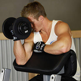 One-armed preacher curls
