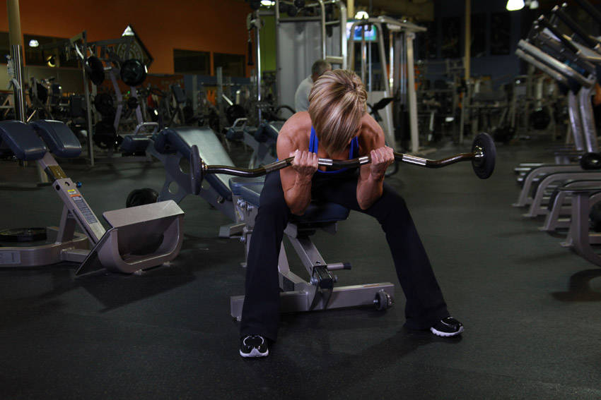 Seated Close Grip Concentration Barbell Curl Exercise