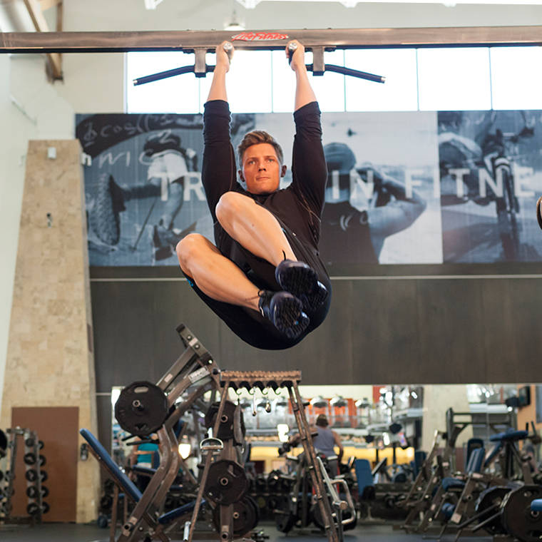 Hanging Oblique Knee Raise Exercise Guide And Video