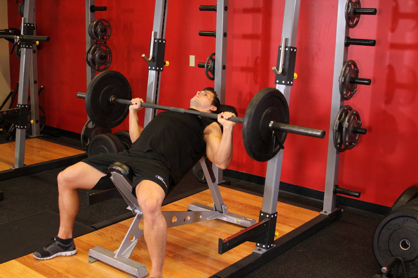 Barbell Incline Bench ...