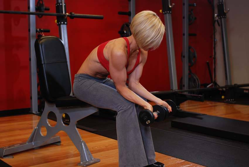 Seated Dumbbell Palms-Up Wrist Curl Exercise Guide and Video