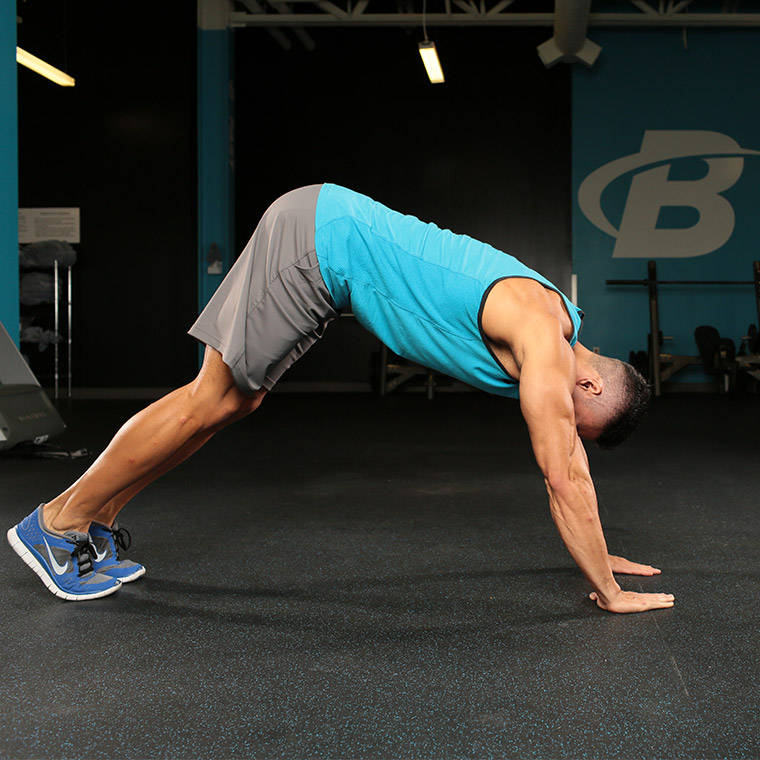 Dive bomber push up exercise guide and video - Dive bomber push up ...