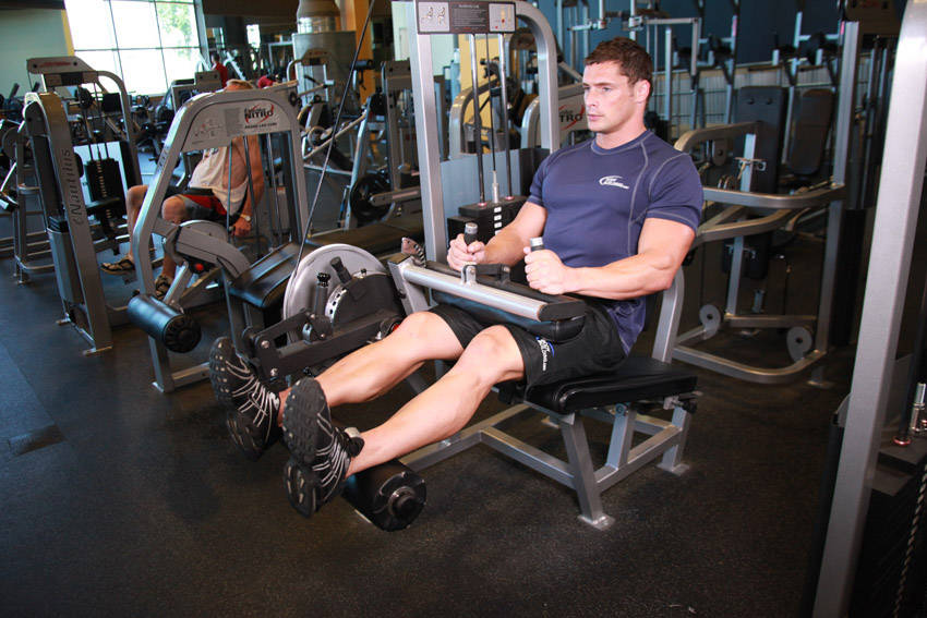 how to use cable machine for legs
