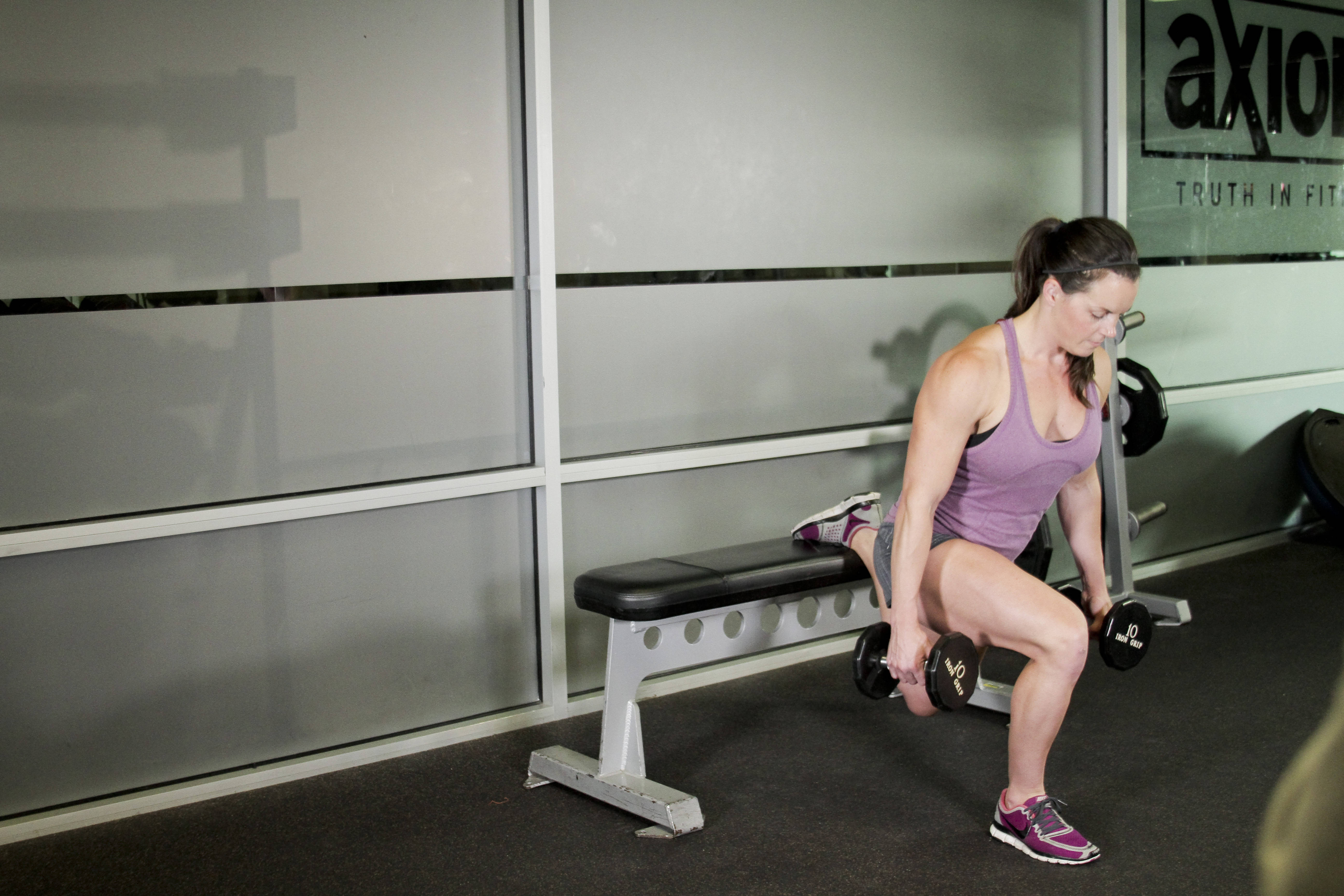 Split Squats Exercise - Viewing Gallery