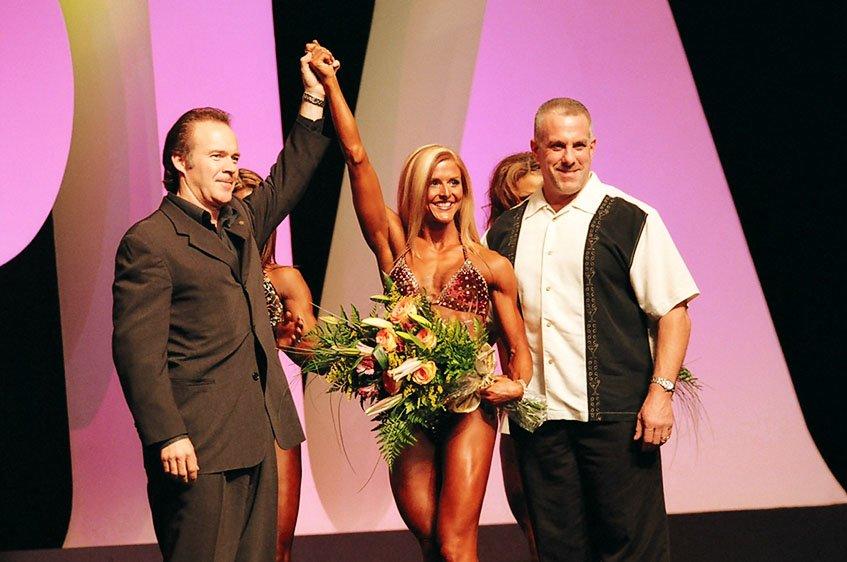 Galeria Mister Olympia 2004!! 2004oly_ian_fig3