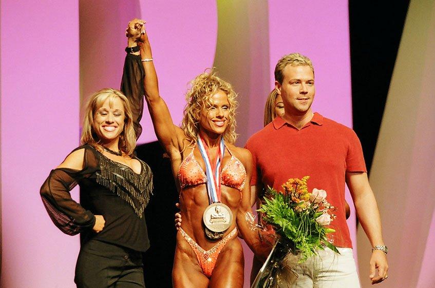 Galeria Mister Olympia 2004!! 2004oly_ian_fig4