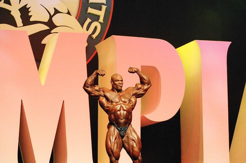 Galeria Mister Olympia 2004!! 2004oly_ian_mro3
