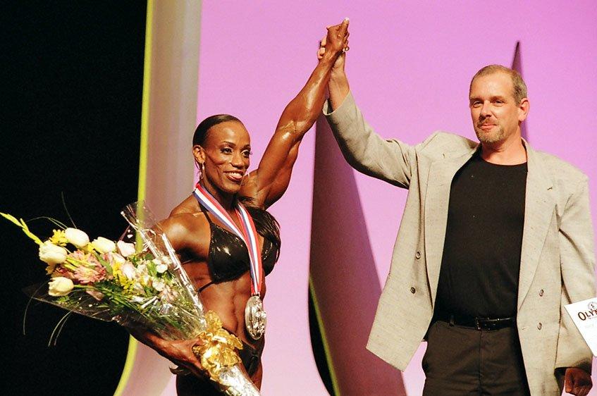 Galeria Mister Olympia 2004!! 2004oly_ian_mso11