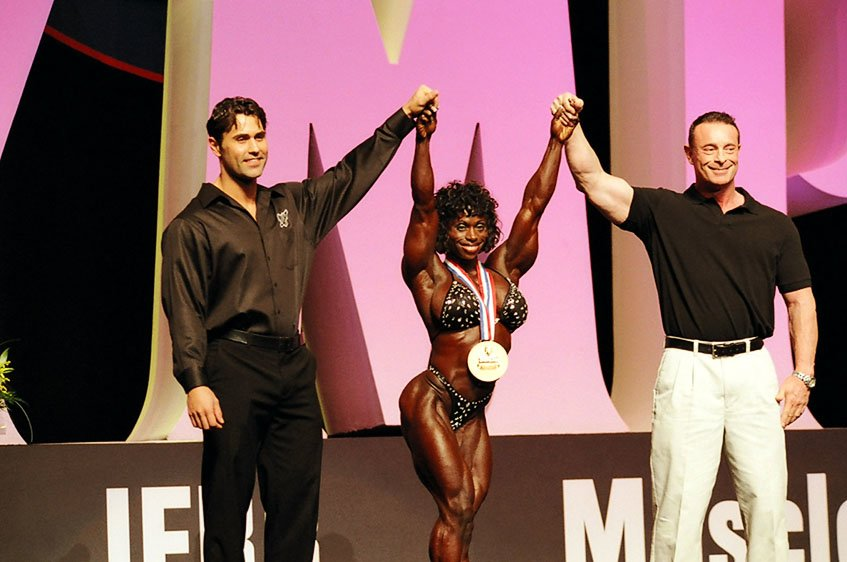 Galeria Mister Olympia 2004!! 2004oly_ian_mso9