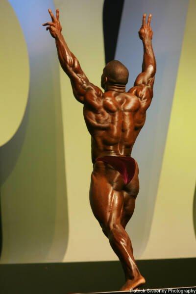 Galeria Mister Olympia 2004!! 2004oly_menpat237