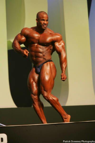 Galeria Mister Olympia 2004!! 2004oly_menpat350