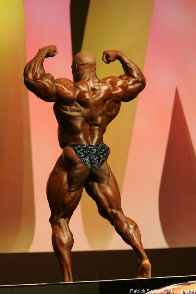 Galeria Mister Olympia 2004!! 2004oly_menpat368