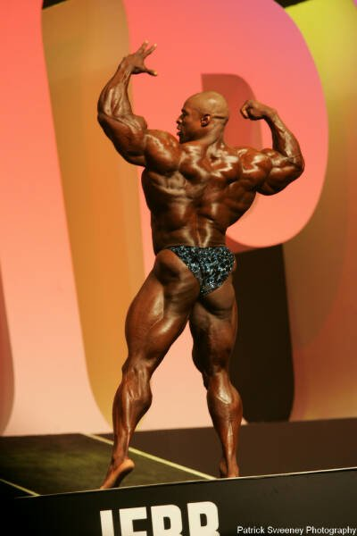 Galeria Mister Olympia 2004!! 2004oly_menpat380