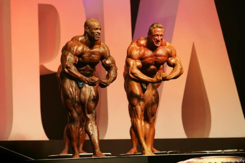 Galeria Mister Olympia 2004!! 2004oly_menpat430