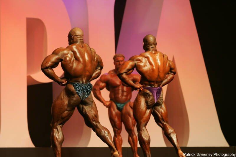 Galeria Mister Olympia 2004!! 2004oly_menpat432
