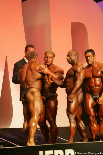 Galeria Mister Olympia 2004!! 2004oly_menpat438