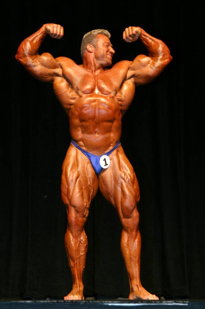 Galeria Mister Olympia 2004!! 2004oly_mt_men1