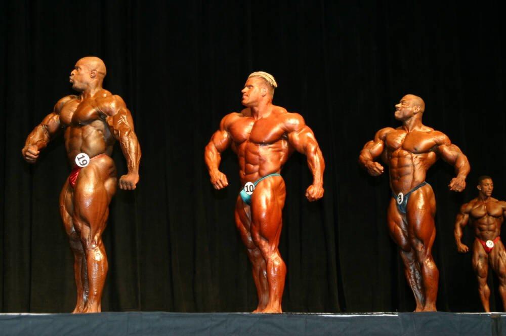 Galeria Mister Olympia 2004!! 2004oly_mt_men37