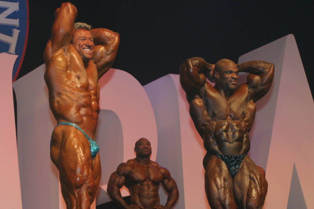 Galeria Mister Olympia 2004!! 2004oly_mt_men76