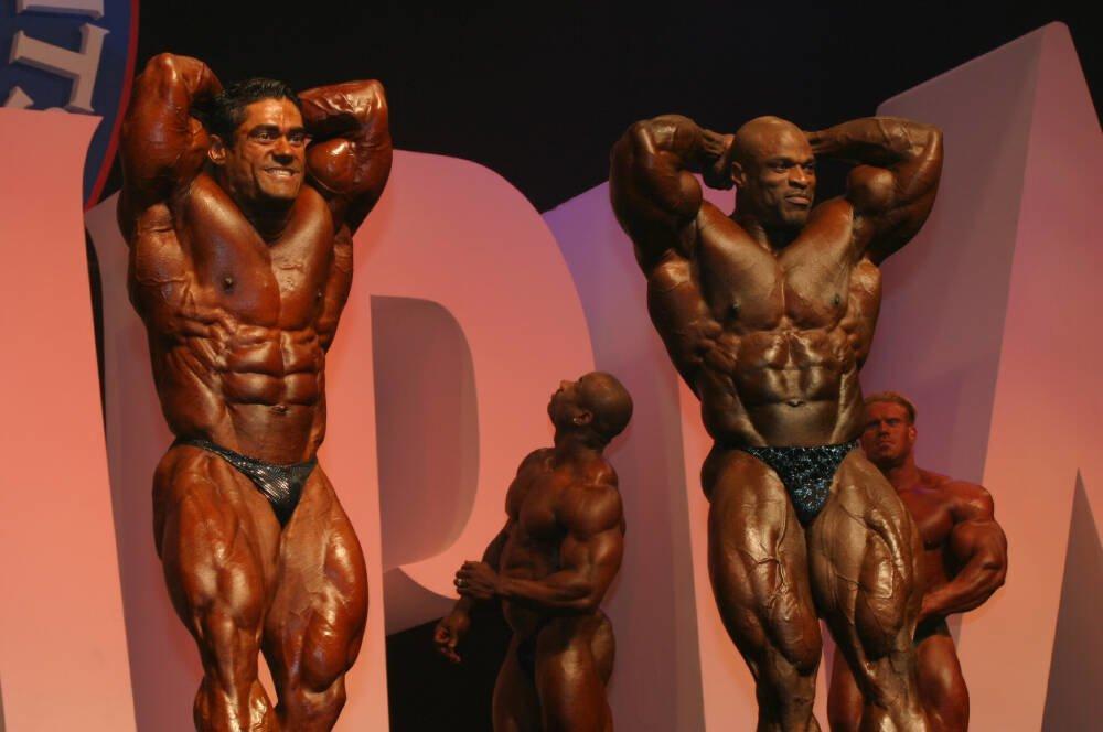 Galeria Mister Olympia 2004!! 2004oly_mt_men80