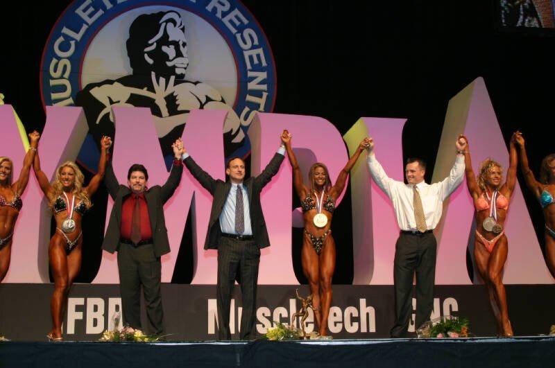Galeria Mister Olympia 2004!! 2004olyfit44