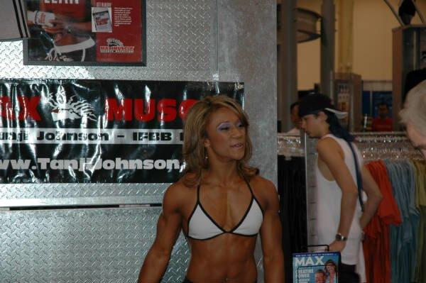 Galeria Mister Olympia 2004!! 2004olympia_expo136