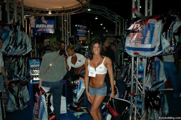 Galeria Mister Olympia 2004!! 2004olympia_expo90