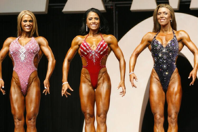 Click Image To Enlarge 2006 Olympia Figure Finals View More Pics From The Here