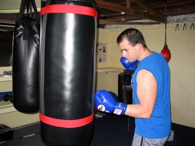 Heavy Bag Training Strategies And Programs Bodybuilding