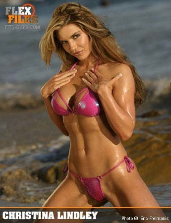 Musclemag Magazine Swimsuit Special Trish Stratus February 2002 NO ML 101014R2