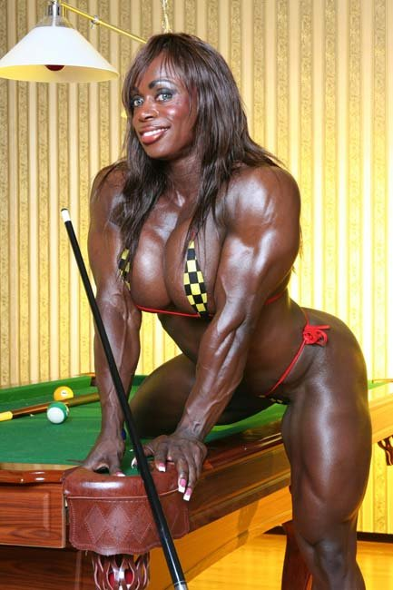 Bilderesultat for funny woman pictures bodybuilder