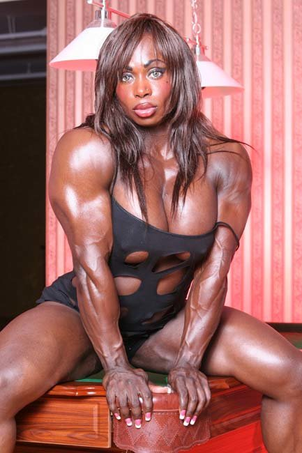 dating bodybuilder woman