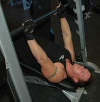 Decline Machine Bench Press