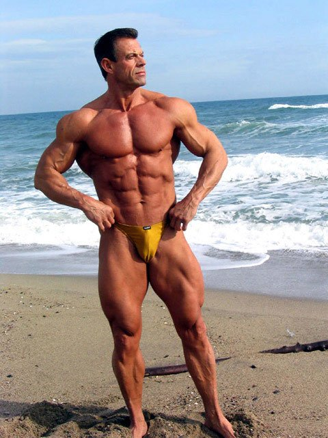 image Beefy muscle stud pounds hungry bottom