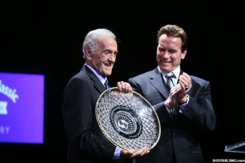 Ben Weider Receiving The Lifetime Achievement Award At The 2008 Arnold Classic.