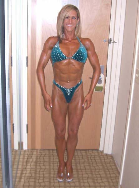 Amateur Fitness Competitor of the Week: Brandie Williams