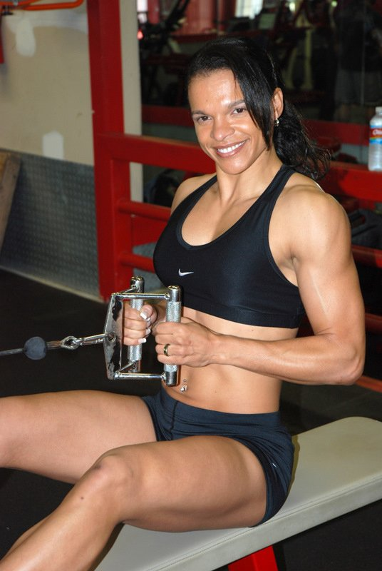 Amateur Fitness Competitor of the Week: Jennifer Robinson
