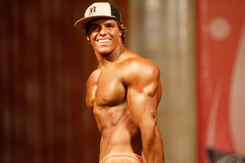 Triceps Flex