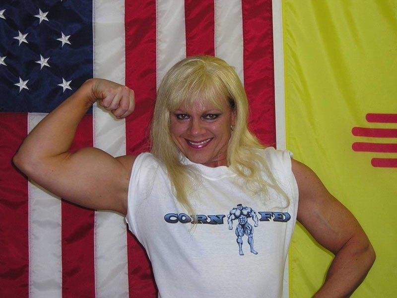 Muscle Women Overwhelming Men