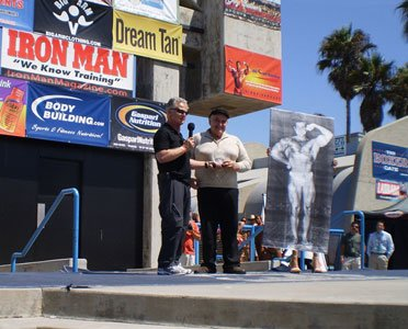 John Balik Presents The Award To The New Inductee Into The Bodybuilding Hall Of Fame, Reg Lewis.