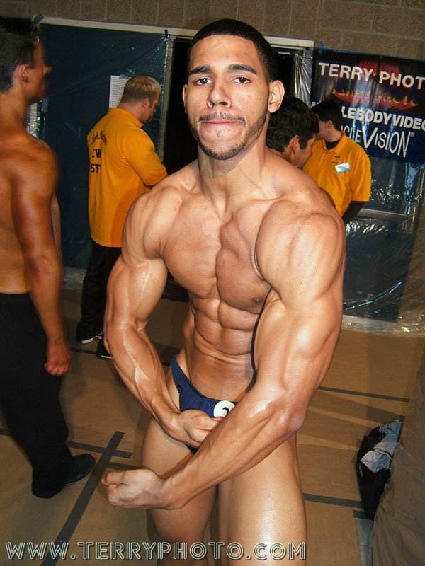 Teen Bodybuilder Of The Week: David McDonald! Pics and