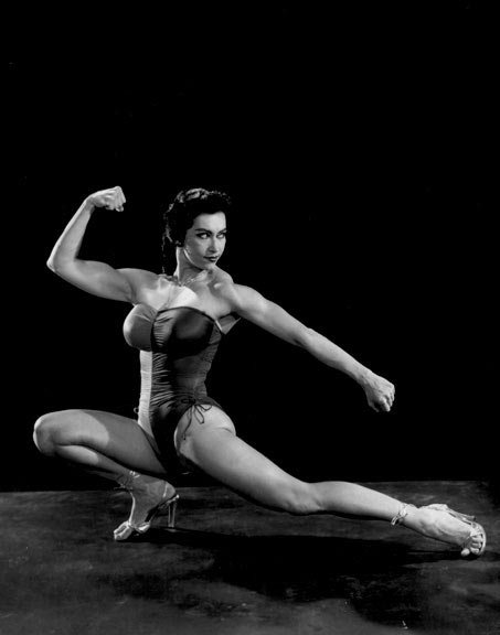 Kellie Everts Immediately Saw The Many Benefits Bodybuilding Training Could Provide For Women.