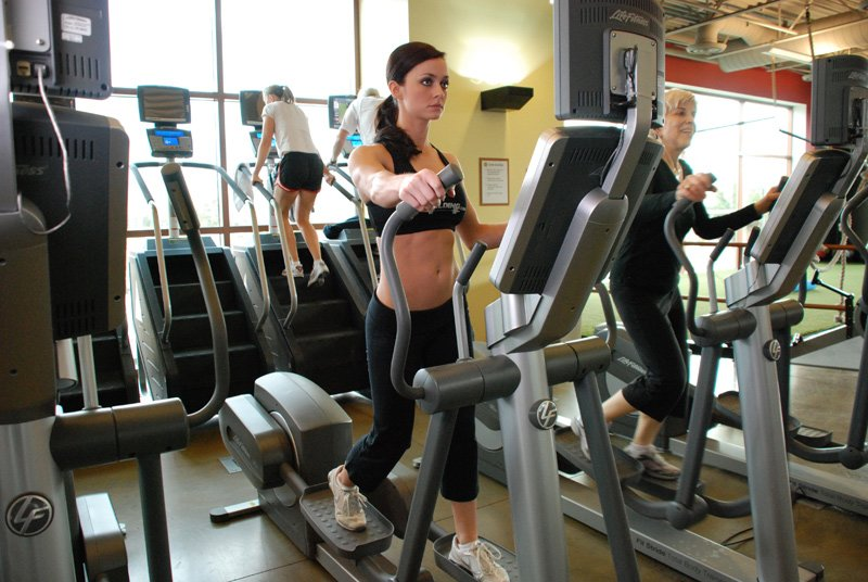 How a heart rate monitor can help you train better for Monitor gimnasio