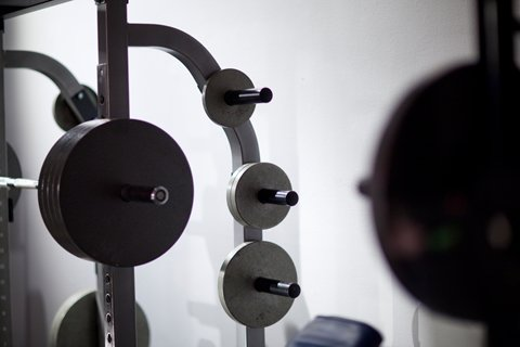 Use A Weight That Allows You To Really Feel The Contraction On Ten To Twenty Reps.
