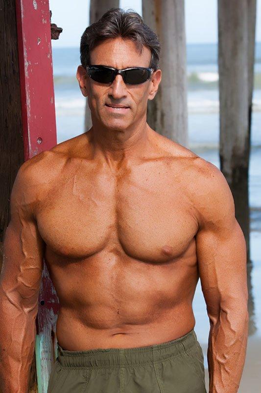 Natural bodybuilding over 40-4516