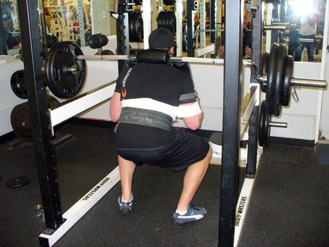 I Dropped $300 On A Safety Squat Bar Which Allowed Me To Squat Hands Free!